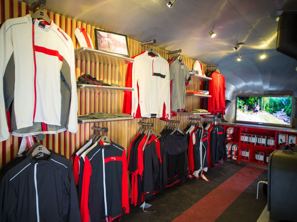 airshop_open_sports_tring1